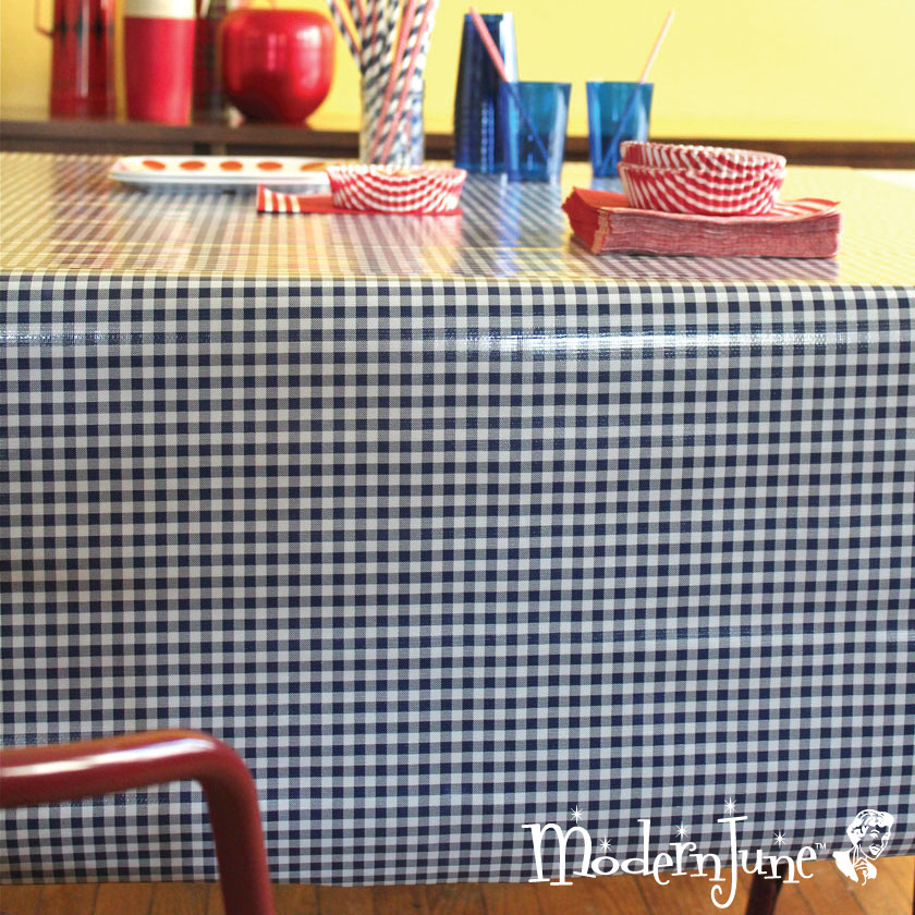 Super-Bowl-Party-Tablecloth