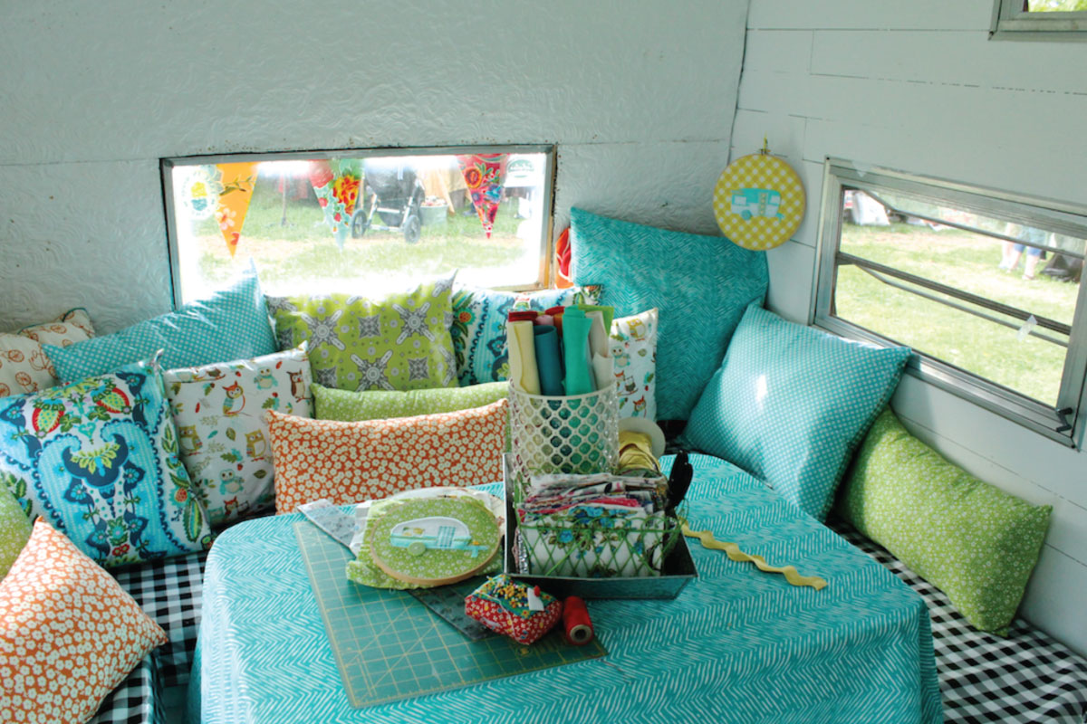 sew-junie-back-of-camper