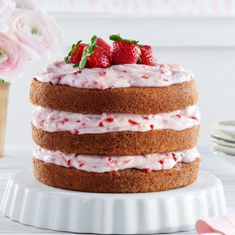 country-living-cake-strawberry-limeade