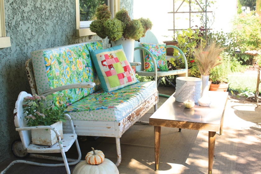 fall-porch-blog-feature-modern-june-1200