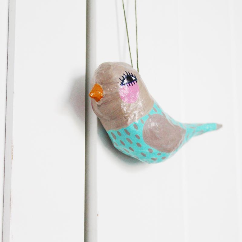 sarah-hand-bird